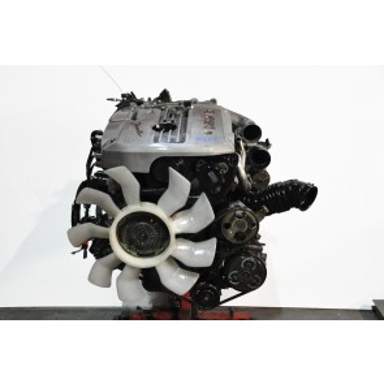 Nissan Skyline R34 GTT RB25DET NEO 2WD engine